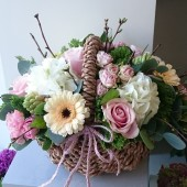 Luxury Country Garden Basket