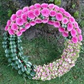 Contemporary Rose & Hydrangea Wreath