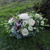 Rose & Lisianthus Basket