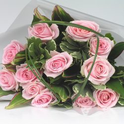 Classic Pink Rose Hand-tied